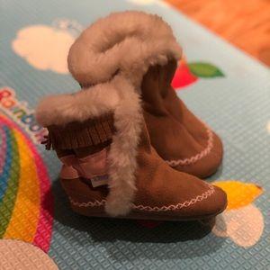 Robeez Suede boots